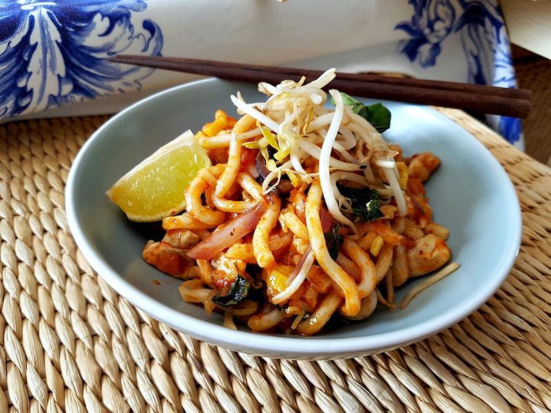 9g. Udon Natha Road con pollo  - Deliveroo (Asian Days Tuk Tuk) - Septiembre 2017