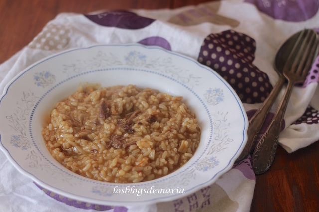 Arroz con cola de ternera