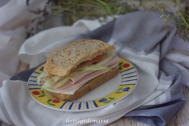 Sandwich en pan integral